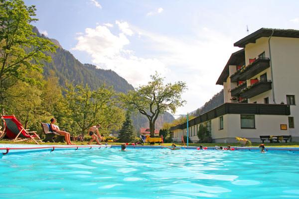 Summer Holidays Hotel Kajetansbruecke In Pfunds Wellness Hotel And